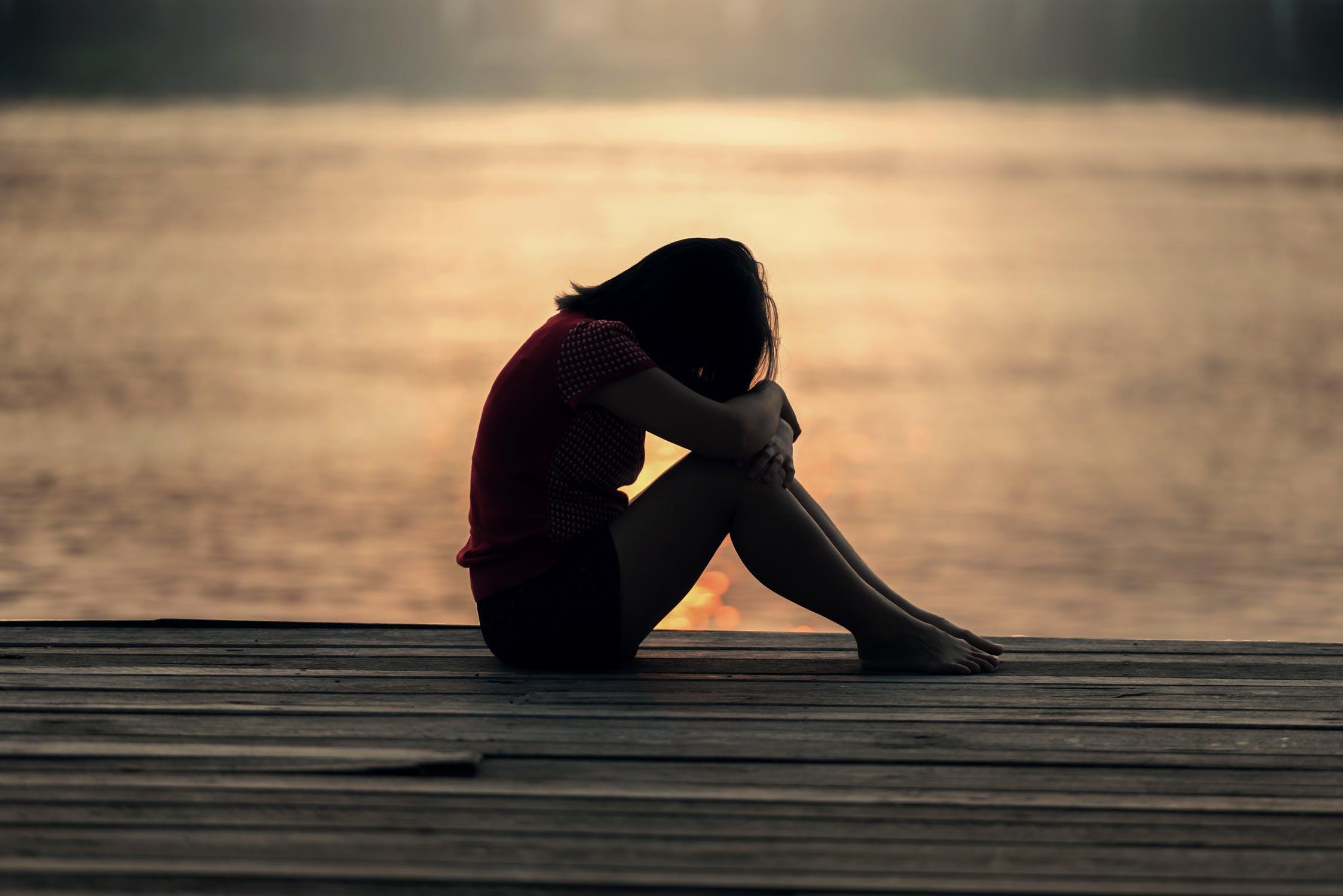 fille triste